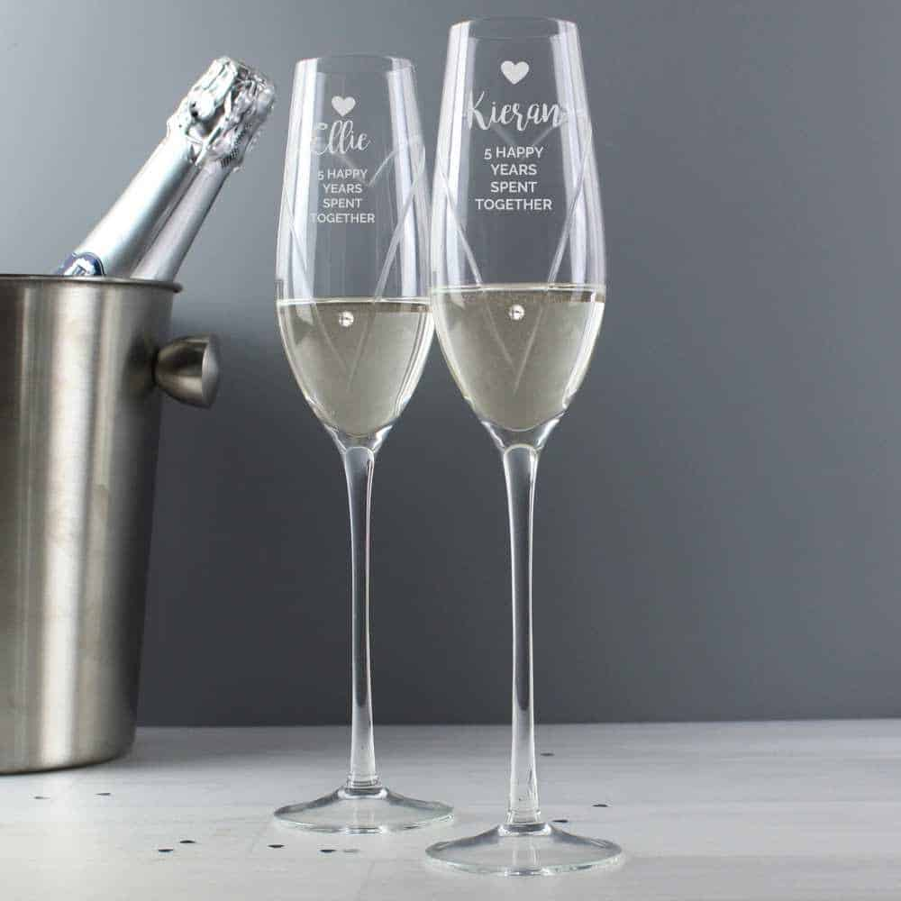personalised champagne flutes for wedding day