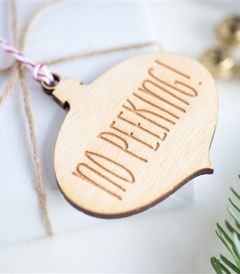 'No Peeking' Bauble Gift Tags