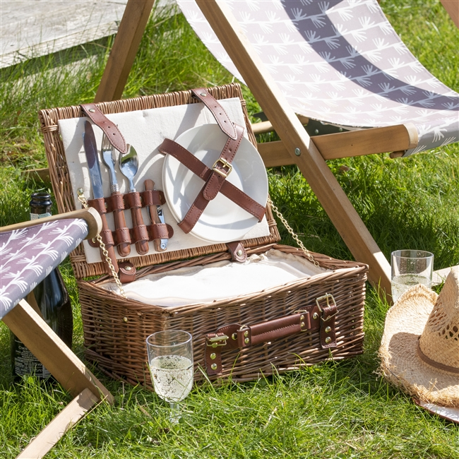 Personalised Classic Willow Luxury Picnic Hamper