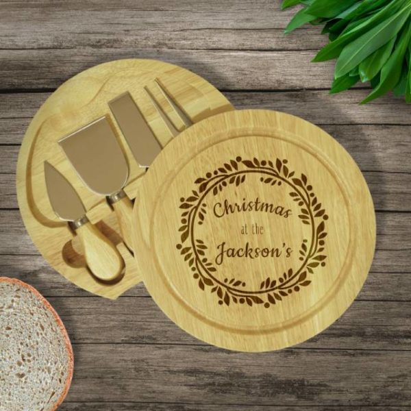 Personalised Christmas Wreath Wooden Cheese Board Set